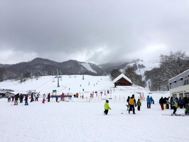 札幌からのアクセスも良いのか結構混んでる。
